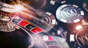 chips de casino y ruleta